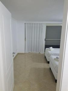 Luxury duplex Armand Durres, Apartmanok  Golem - big - 41