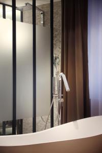 Petit Hôtel Confidentiel, Отели  Шамбери - big - 112