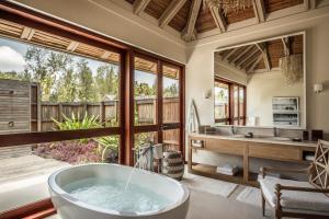 Four Seasons Resort Seychelles at Desroches Island (13 of 85)