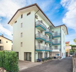 Hotel Serenella - AbcAlberghi.com