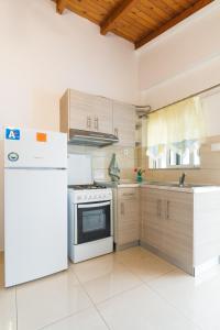 Salora Studio-Apartments, Apartmanok  Arhángelosz - big - 9