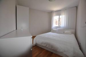 Apartment Free Parking Near Barcelona - San Justo Desvern