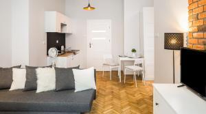 Mazowiecka 11 -IN Apartments