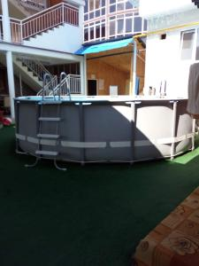 Guest House Ostrov Sokrovishch, Affittacamere  Loo - big - 85