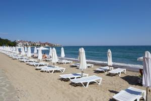 Paradise Beach Hotel -inclusive