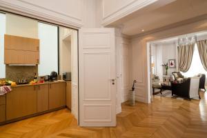 Majestic Apartments Champs Elysées