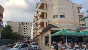 Casa vista a mare, Apartments  Durrës - big - 12