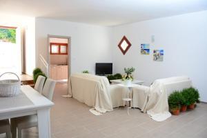 Villa Punta Pispisa, Vily  Scopello - big - 11