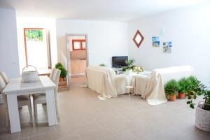Villa Punta Pispisa, Vily  Scopello - big - 12