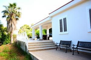 Villa Punta Pispisa, Vily  Scopello - big - 20