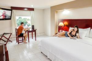 Hotel Maria del Carmen, Szállodák  Mérida - big - 38