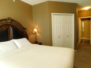 Regal Suites, Apartmány  Calgary - big - 19