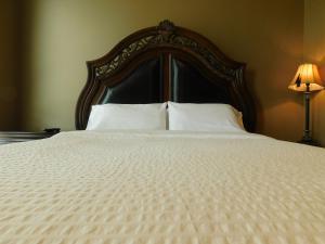 Regal Suites, Apartments  Calgary - big - 15