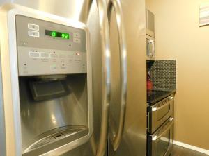 Regal Suites, Apartments  Calgary - big - 52