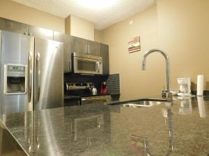 Regal Suites, Apartments  Calgary - big - 53