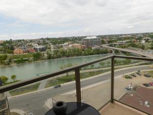 Regal Suites, Apartments  Calgary - big - 49