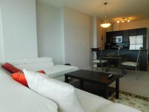 Regal Suites, Apartments  Calgary - big - 56