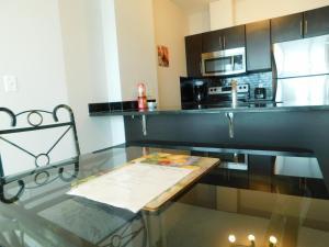 Regal Suites, Apartments  Calgary - big - 47