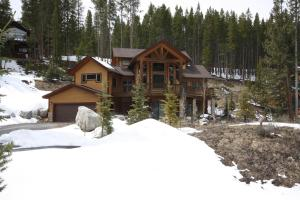 100 Crown Drive Home - Hotel - Breckenridge