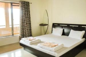Villa with Wi-Fi in Lavasa, by GuestHouser 47900