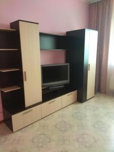 Apartamenty 2kh komnatnye 17 mkr 72kv. m