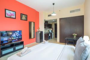 Houst Holiday Homes - Silicon Gates - Dubai