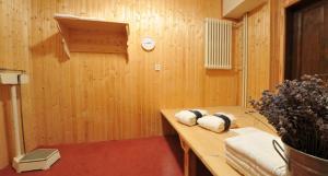 Brioni Suites, Apartmánové hotely  Ostrava - big - 34
