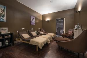 Macdonald Elmers Court Hotel & Resort (12 of 30)