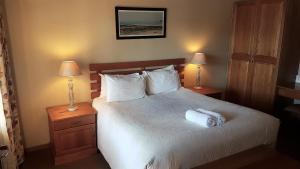 Lake Naverone Holiday Cottages, Resorts  Drakensberg Garden - big - 141