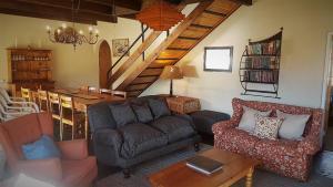 Lake Naverone Holiday Cottages, Resorts  Drakensberg Garden - big - 148