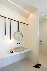 Alti Santorini Suites, Vily  Megalochori - big - 107