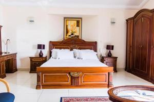 Hotel Barmoi, Hotely - Freetown