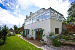 Westwood Guest House - Uplyme