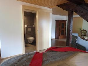 Hotel Furka, Inns  Oberwald - big - 6