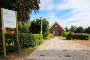 Gastenhuis de Veenstraal, Ferienhäuser  Gieterveen - big - 38