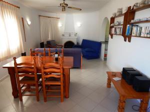 Villa Amistad, Villen  Orba - big - 34