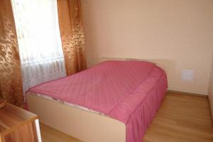 Апартаменты 4-х комнатная квартира, Устюжна