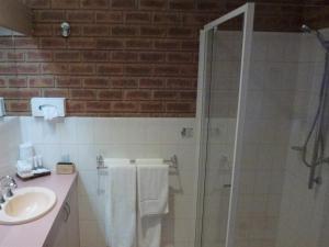 Colonial Motor Inn Bairnsdale, Motels  Bairnsdale - big - 7