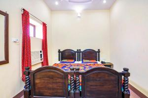 Room in a heritage stay near Jaisalmer Fort, Jaisalmer, by GuestHouser 10432, Holiday homes  Jaisalmer - big - 11