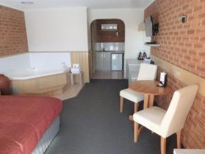 Colonial Motor Inn Bairnsdale, Motels  Bairnsdale - big - 52