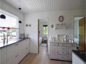 Three-Bedroom Holiday Home in Juelsminde, Nyaralók  Sønderby - big - 13