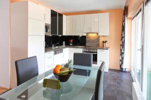 100 m2 Sunny Apartments - Schoenbrunn, Apartmány  Vídeň - big - 12