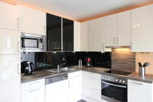 100 m2 Sunny Apartments - Schoenbrunn, Apartmány  Vídeň - big - 13