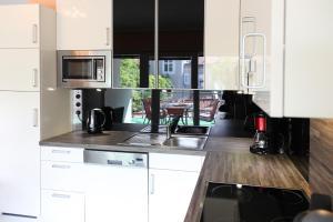 100 m2 Sunny Apartments - Schoenbrunn, Apartmány  Vídeň - big - 14