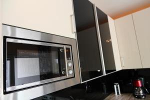 100 m2 Sunny Apartments - Schoenbrunn, Apartmány  Vídeň - big - 15