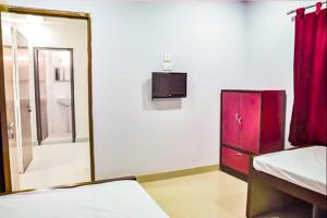 Apartment room in Salt Lake, Kolkata, by GuestHouser 13797, Apartmanok  Kalkutta - big - 6