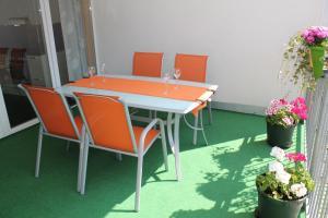 100 m2 Sunny Apartments - Schoenbrunn, Apartmány  Vídeň - big - 17