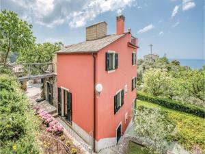 Three-Bedroom Apartment Bonassola -SP- with Sea Vi - AbcAlberghi.com
