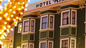 Hotel Boheme (1 of 30)