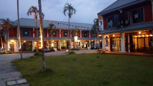 Suratthani Airport Hostel - Ban Don Rak